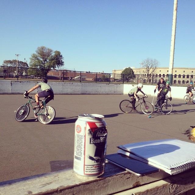 #bostonbikepolo #bikepolo #pabst #pabstblueribbon