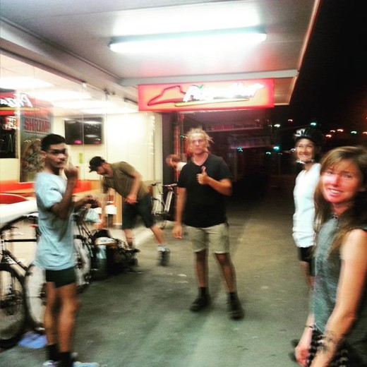 streeturchin-bikepolo-thumbsup-flippingthebird-Auckland-newyork-whbpcvii