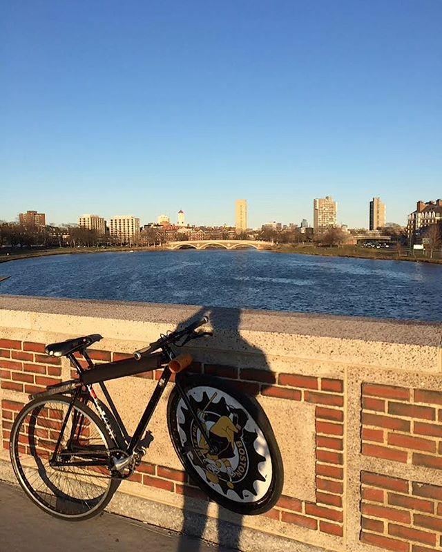When the lights go out in Allston, we cross the bridge to Cambridge.... #bikepolo #bostonbikepolo #cambridgebikepolo